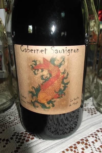 wine bottle label for mingle family wines