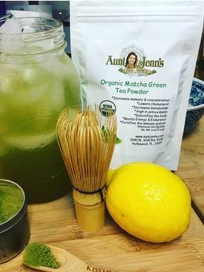 Matcha green tea @ Aunt Jenn