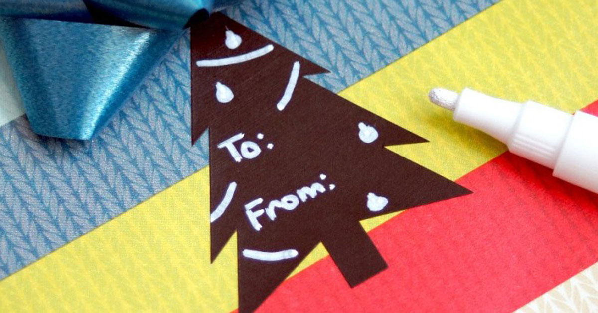 DIY Christmas chalkboard label gift tags