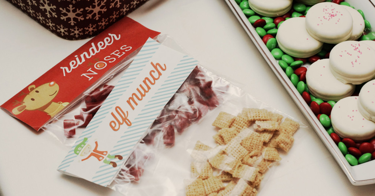 Christmas party decor with DIY snack printables: Elf Munch and Reindeer Nose bag toppers on holiday snacks