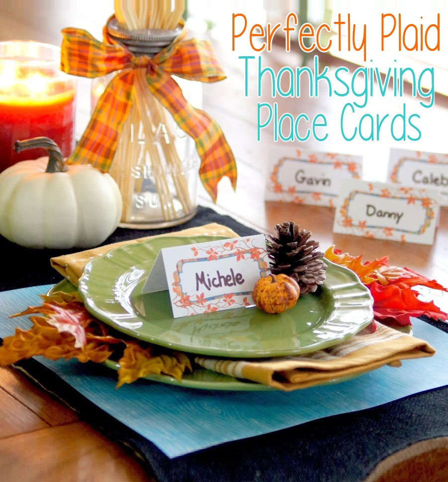 Thanksgiving dinner seat placecards for family and friends