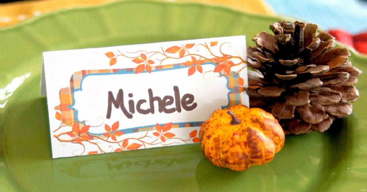 Dress up your Thanksgiving table before the big day so you can see how it looks! Picture using placecards and printables from OnlineLabels.com