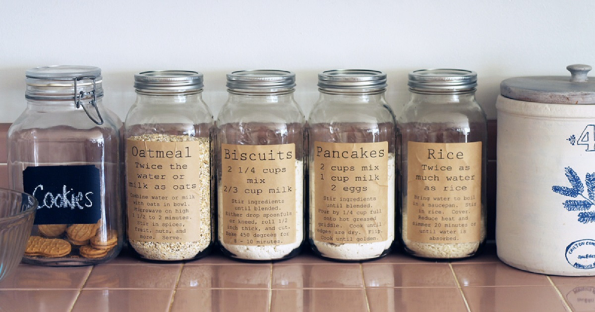 Pantry labels on Mason jars in kitchen