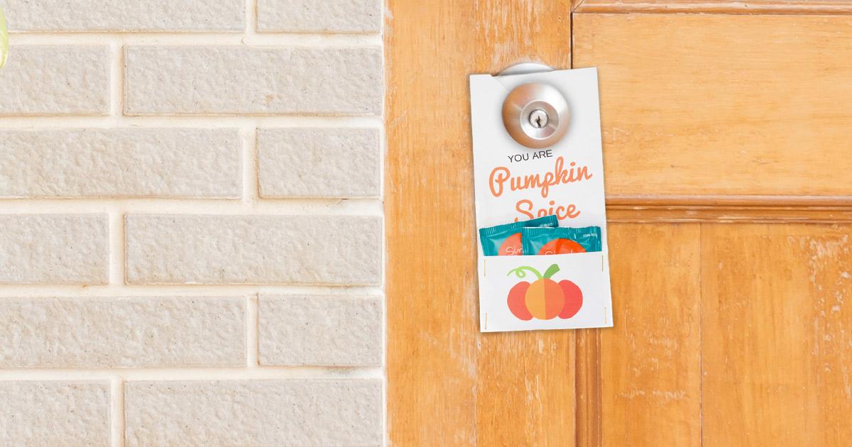 Pumpkin spice door hanger in action.