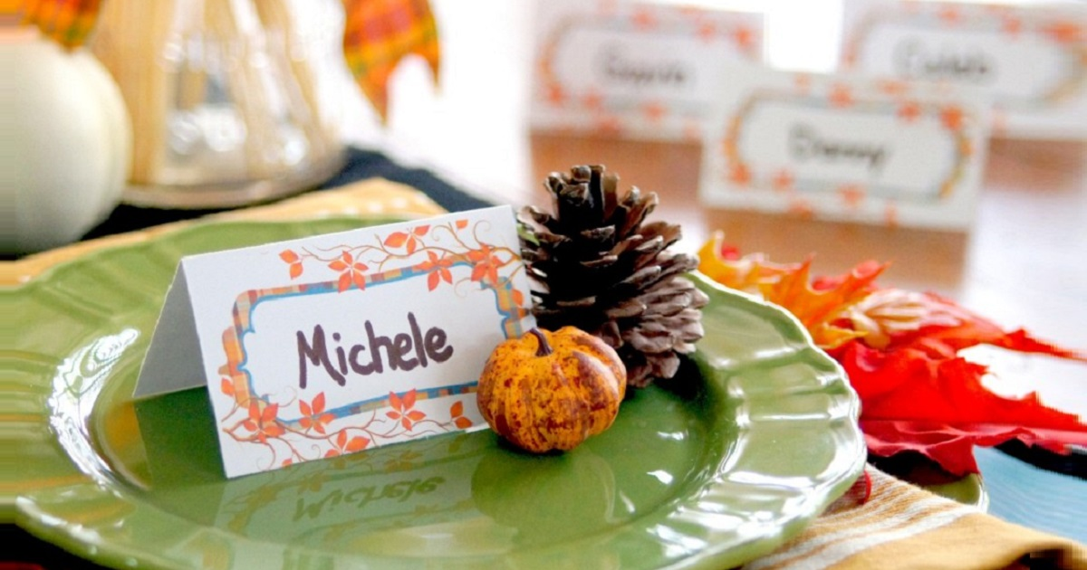 Thanksgiving seat assignment table tent template in use